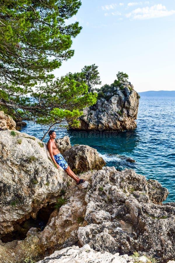 Утес Brela, Хорватия стоковые изображения rf