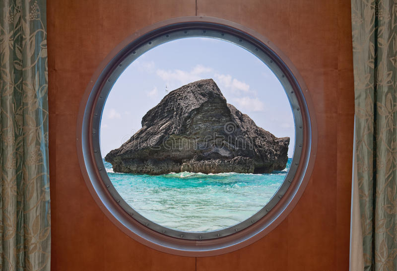утес porthole океана стоковые фотографии rf
