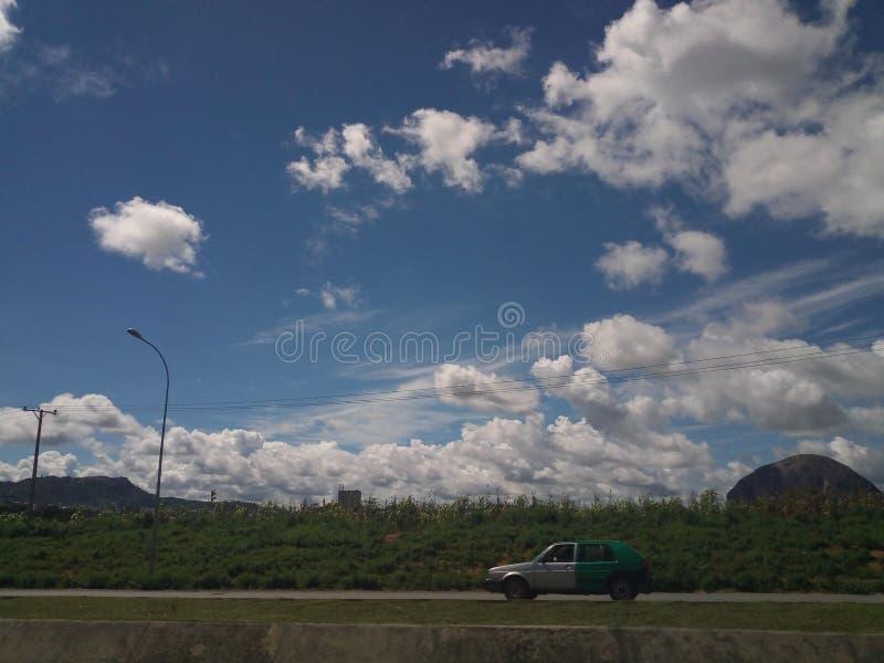Утес zuma взгляда неба стоковые фото