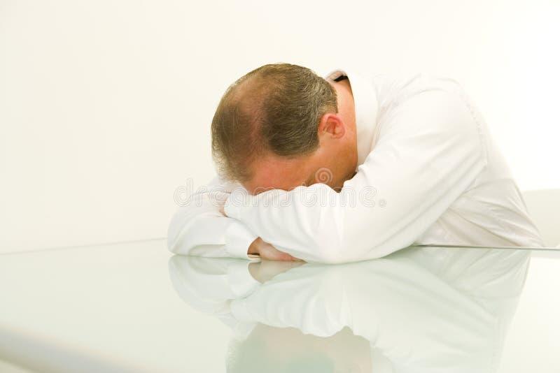 утомлянный бизнесмен стоковое фото rf