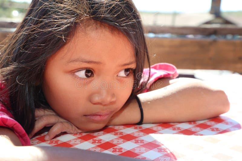 утомлянная девушка стоковые фотографии rf