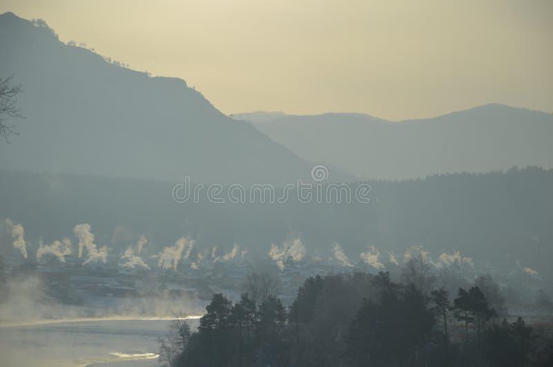 Утро зимы в Сибире стоковые изображения
