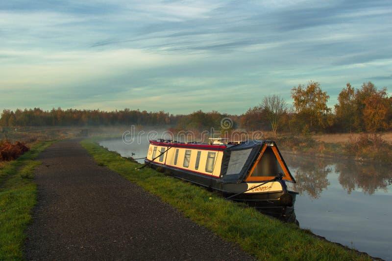 Утро на канале стоковое фото