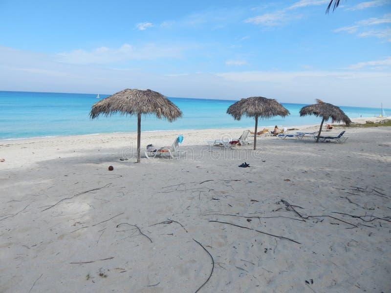 Утро на пляже Варадеро, Кубе стоковое изображение rf