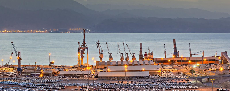 Утро на порте груза Eilat, Израиля стоковая фотография rf