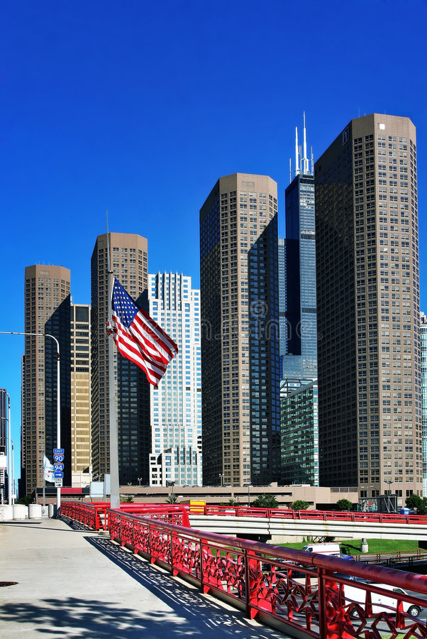 Download утро chicago светлое стоковое изображение. изображение насчитывающей blucher - 6858921