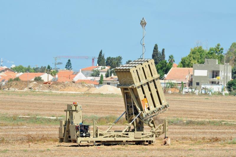 утюг Израиль купола возвращает южную к стоковые изображения rf