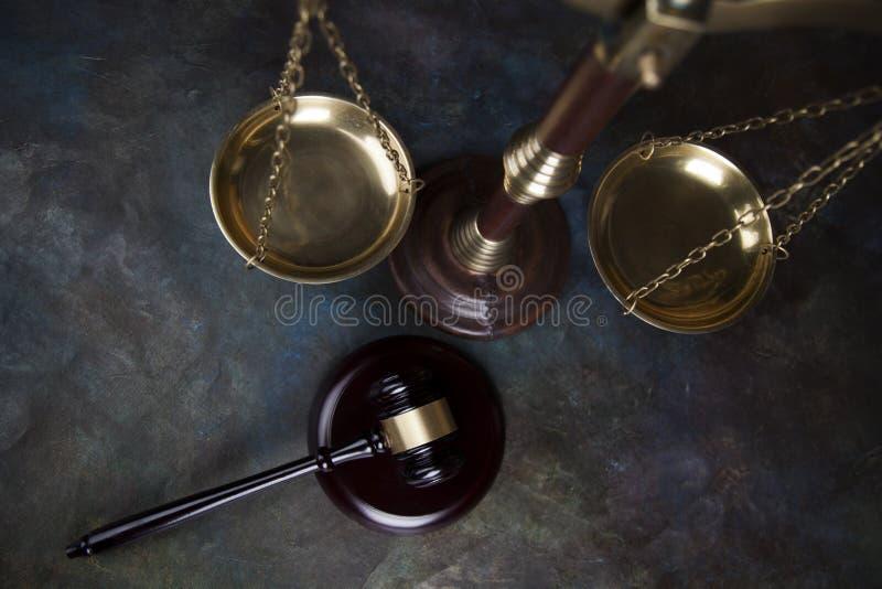 Ухаживайте молоток, тему закона, мушкел судьи стоковая фотография rf