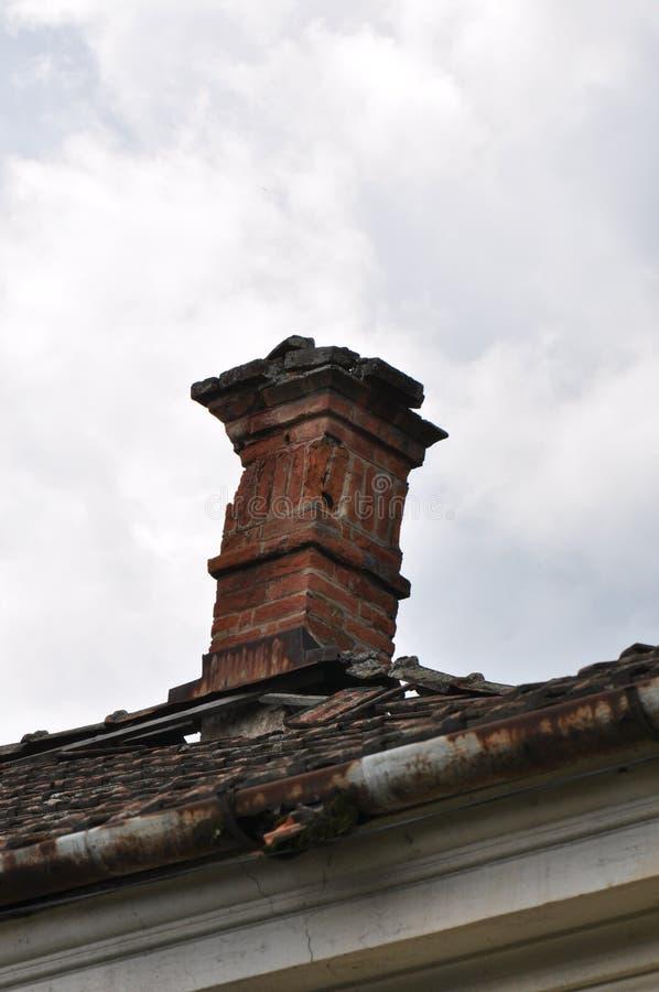 Ухудшенный дом стоковые фотографии rf