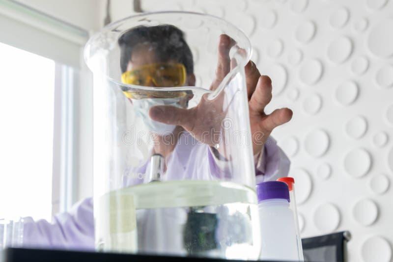 Ученые работают стоковое фото rf
