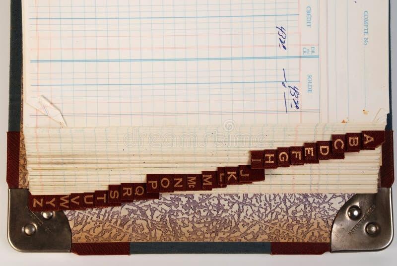 Download учитывая бирка алфавитного гроссбуха старая Стоковое Изображение - изображение насчитывающей banister, учета: 6857461