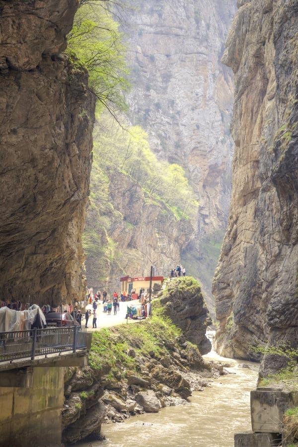 Ущелье Chegem большие горы горы ландшафта стоковая фотография