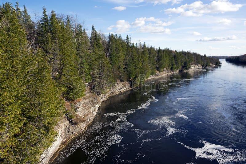 Ущелье Ranney - речная система Trent Severn, Онтарио стоковое изображение
