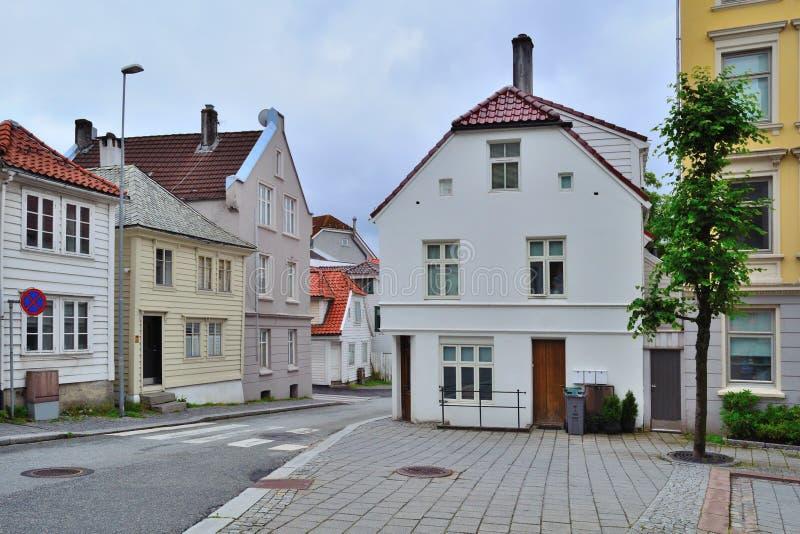 Уютная улица Бергена, Норвегии стоковое фото rf