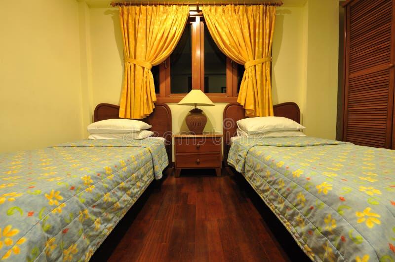 уютный гостиничный номер малый стоковое изображение rf