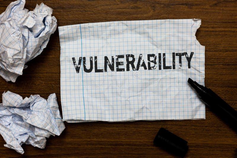 Уязвимость сочинительства текста почерка Системы подверженности данным по смысла концепции прослушивают бумаги идей атакующего эк стоковые изображения rf