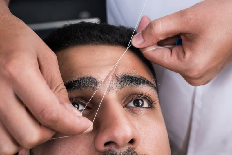 Удаление волос на лице стоковая фотография