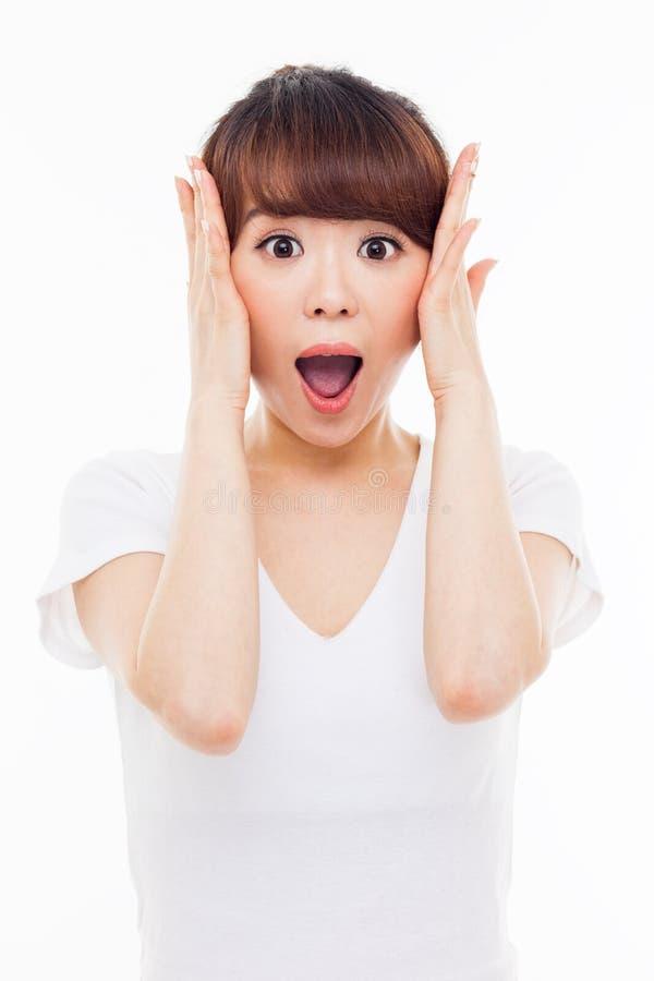 Удивительно молодая азиатская девушка стоковое изображение