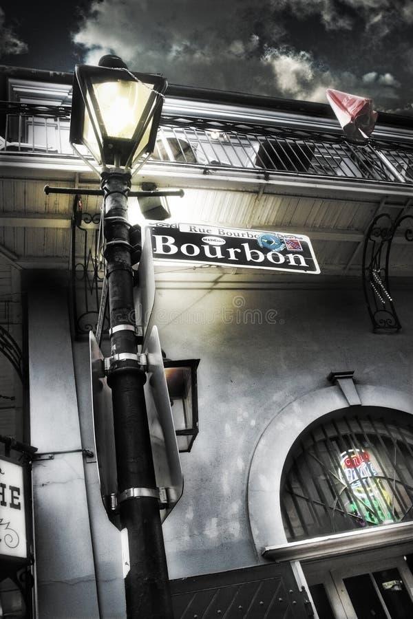 Улица Бурбона подписывает внутри Новый Орлеан стоковое изображение rf