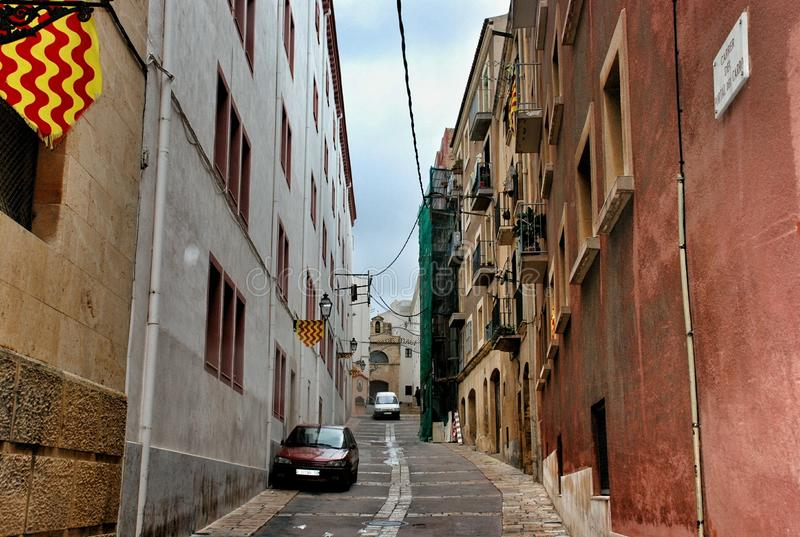 Улица в Таррагоне Испании стоковое изображение rf