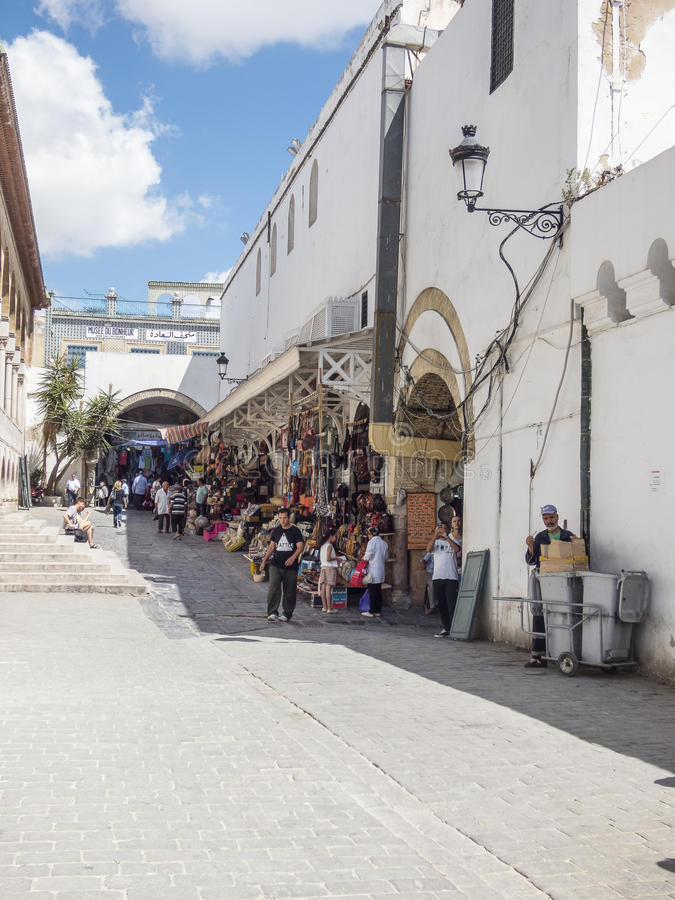 Улица в Тунисе стоковая фотография