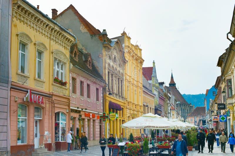 Улица городка Brasov старая Румыния стоковое фото