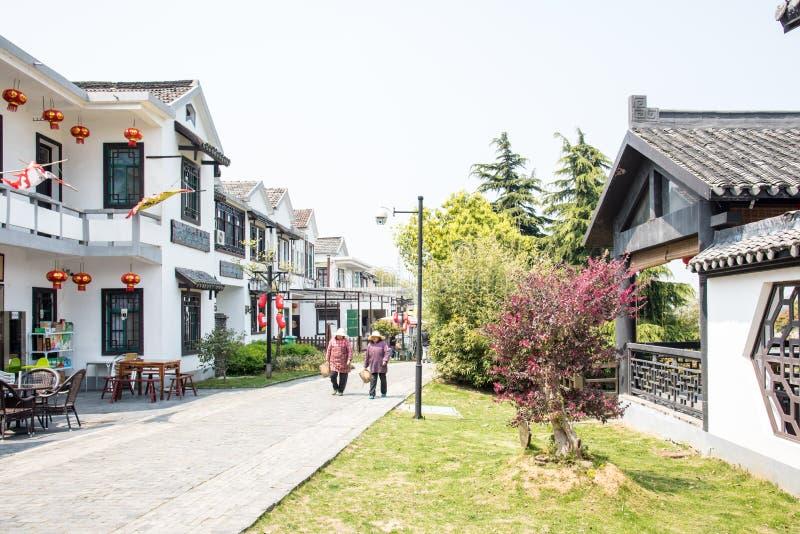 Улица деревни Huanglongxian стоковая фотография rf