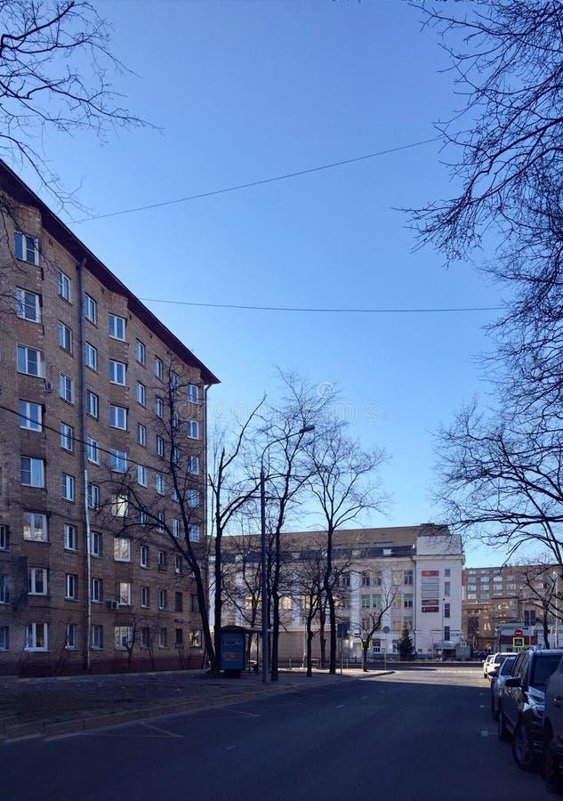 Улица Москвы весной стоковое изображение rf