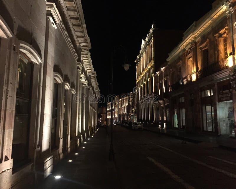 Улица на ноче стоковая фотография rf