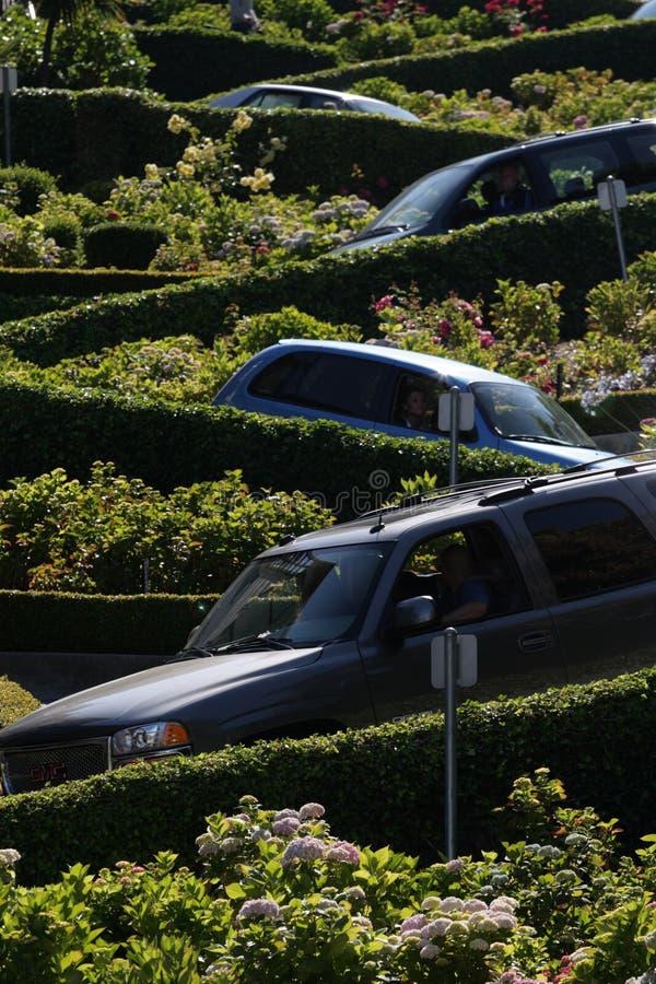 Улица ломбарда, crookedest улица в мире, Сан-Франциско, Калифорния стоковые фотографии rf