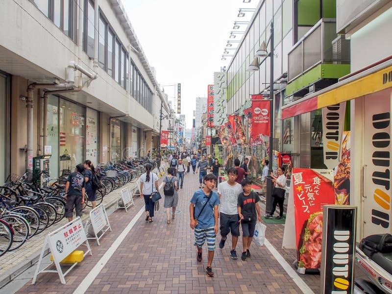 Улица рынка Ameyoko, токио, Япония стоковые фото