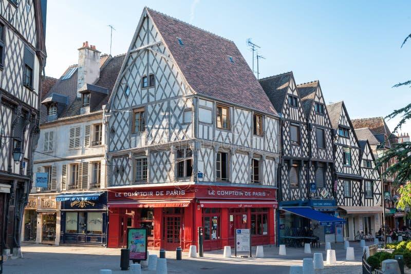 Улица Франция Буржа типичная стоковые изображения rf