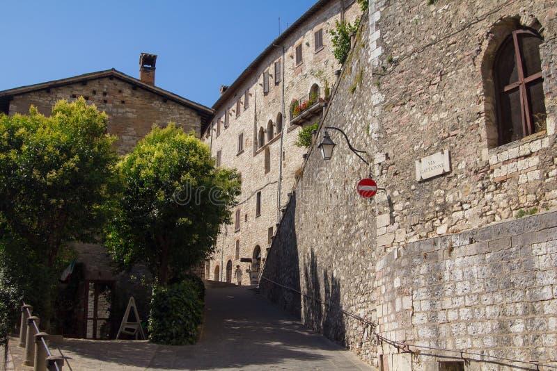 Улица Gubbio, Умбрии, Италии стоковое фото