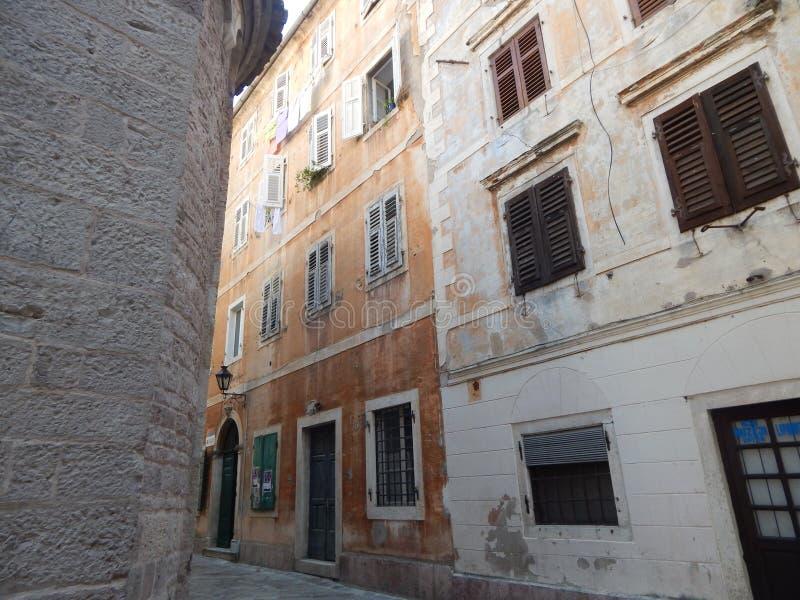 Улица Kotor стоковые изображения rf