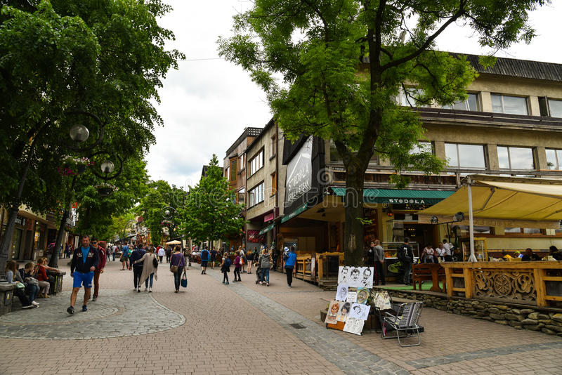 Улица Krupowki, Zakopane, Польша стоковое фото