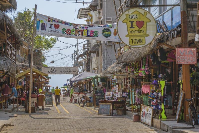 Улица Montanita эквадора стоковые фотографии rf