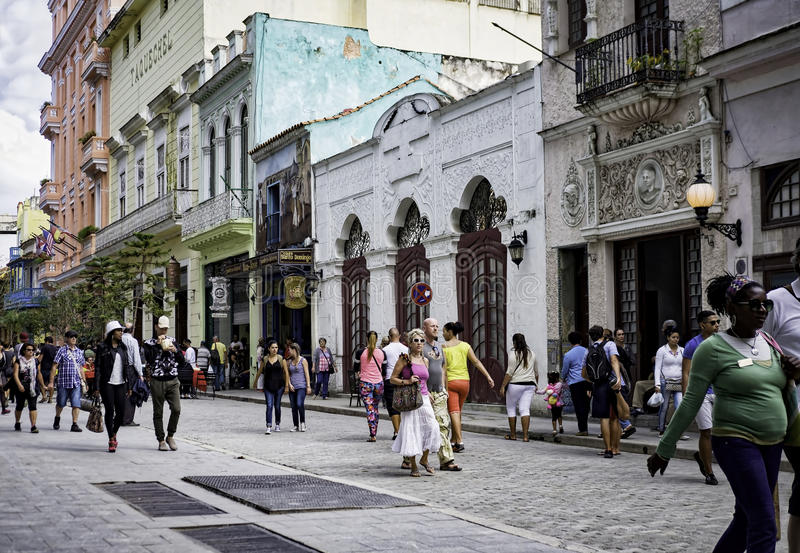 Улица Obispo, Гавана, Куба стоковое фото rf