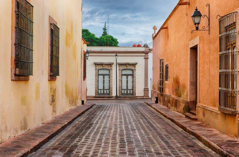 Улица Queretaro, Мексики стоковые изображения rf