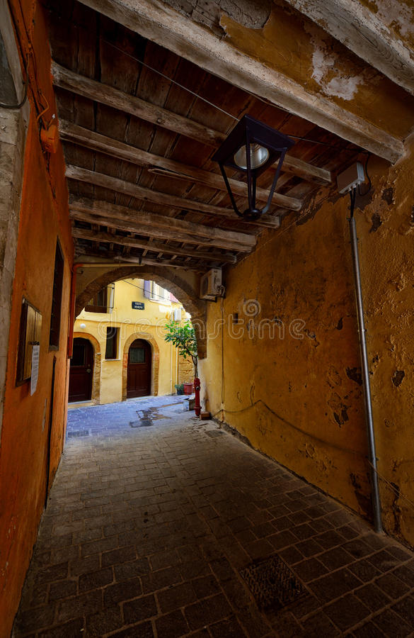 Улицы городка Chania старого, Крита стоковое изображение rf