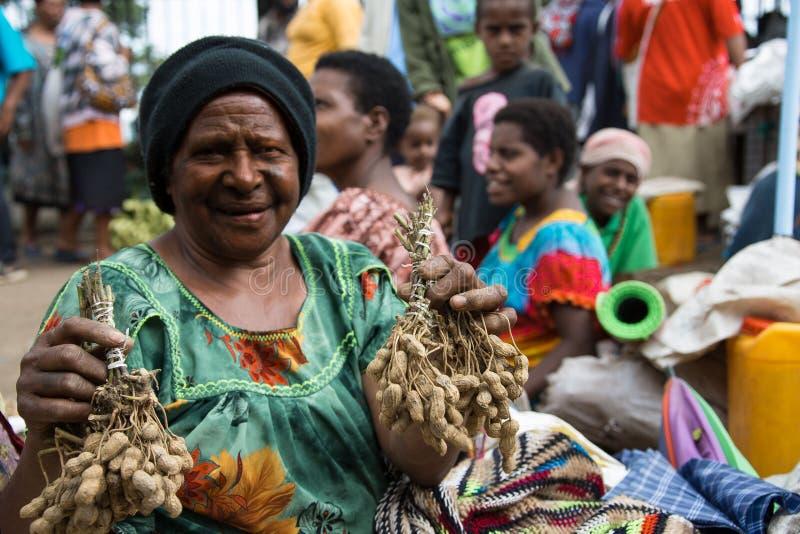 Улыбки Папуаой-Нов Гвинеи стоковое изображение rf