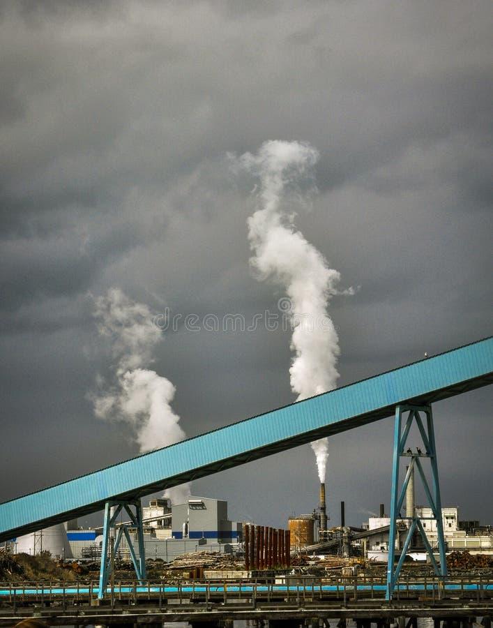Фабрика в порте Townsend, Вашингтоне стоковое фото rf