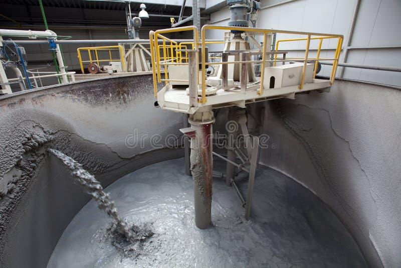 фабрика цемента стоковая фотография rf