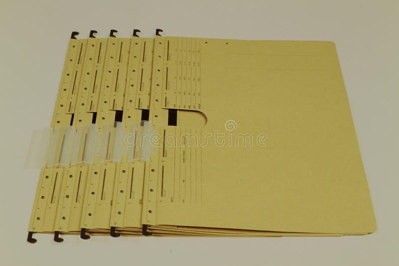 Файлы документа, папки в различных цветах стоковые изображения rf