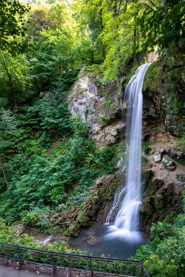 Фантастический водопад в парке Lillafured стоковое фото rf