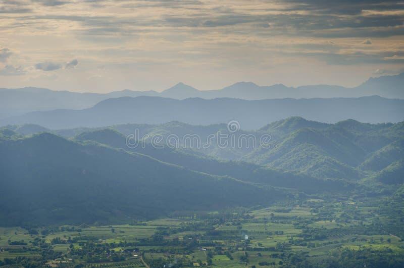 Фантастический слой горы стоковые изображения rf