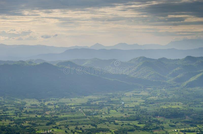 Фантастический слой горы стоковое изображение rf