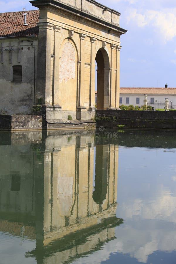Фантастичная вилла Contarini в sul Brenta Piazzola в Италии стоковые фотографии rf