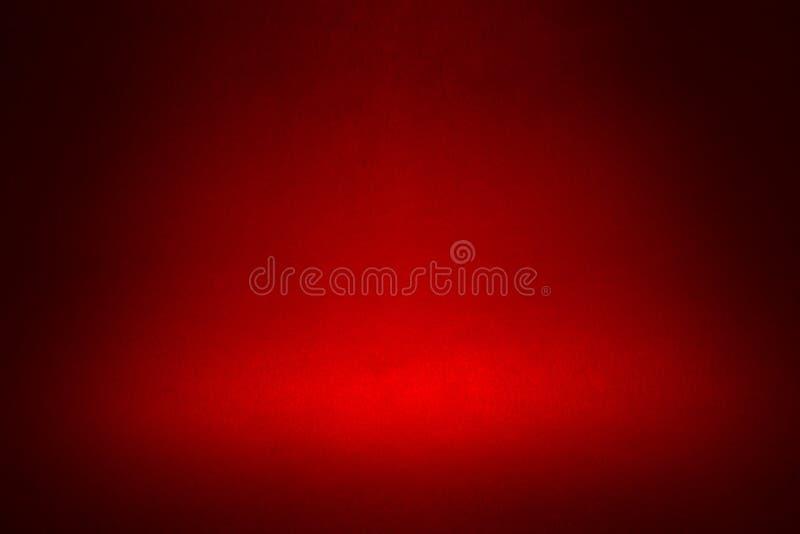 Фара на темноте - красная предпосылка стоковое изображение rf