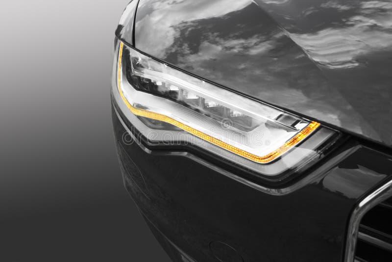 Download Фара современного автомобиля Стоковое Фото - изображение насчитывающей деталь, bujumbura: 33727722