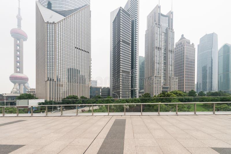 Download фарфор shanghai стоковое изображение. изображение насчитывающей место - 40580595
